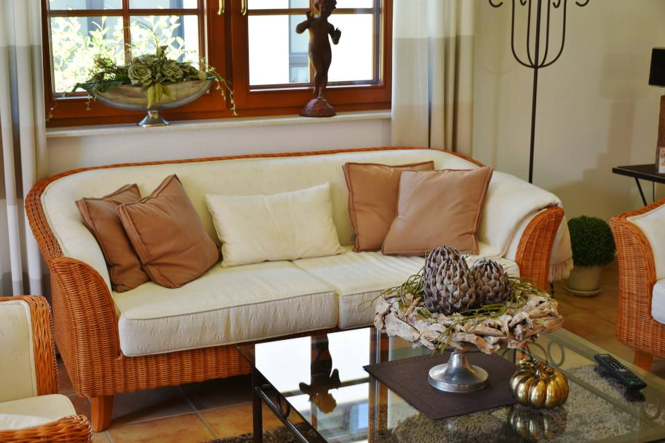 Cozy Home Decor Ideas for Cold Weather